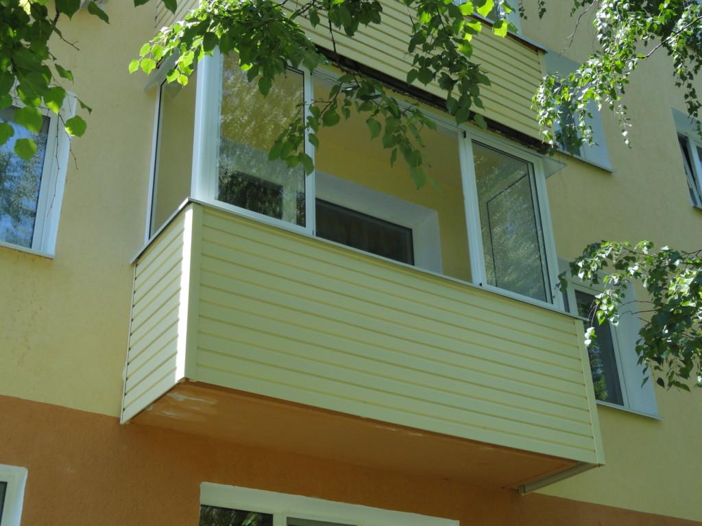 сайдинг для наружной отделки балкона