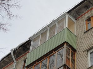Новая жизнь старого балкона