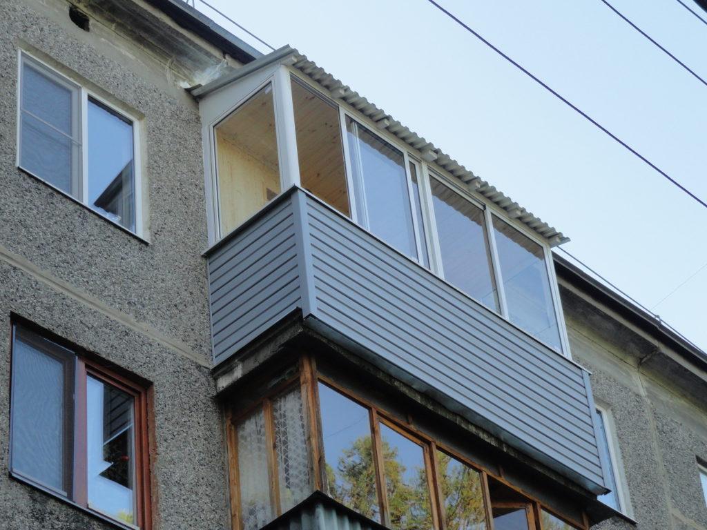 Остекление балкона пластиковыми окнами в Нижнем Новгороде